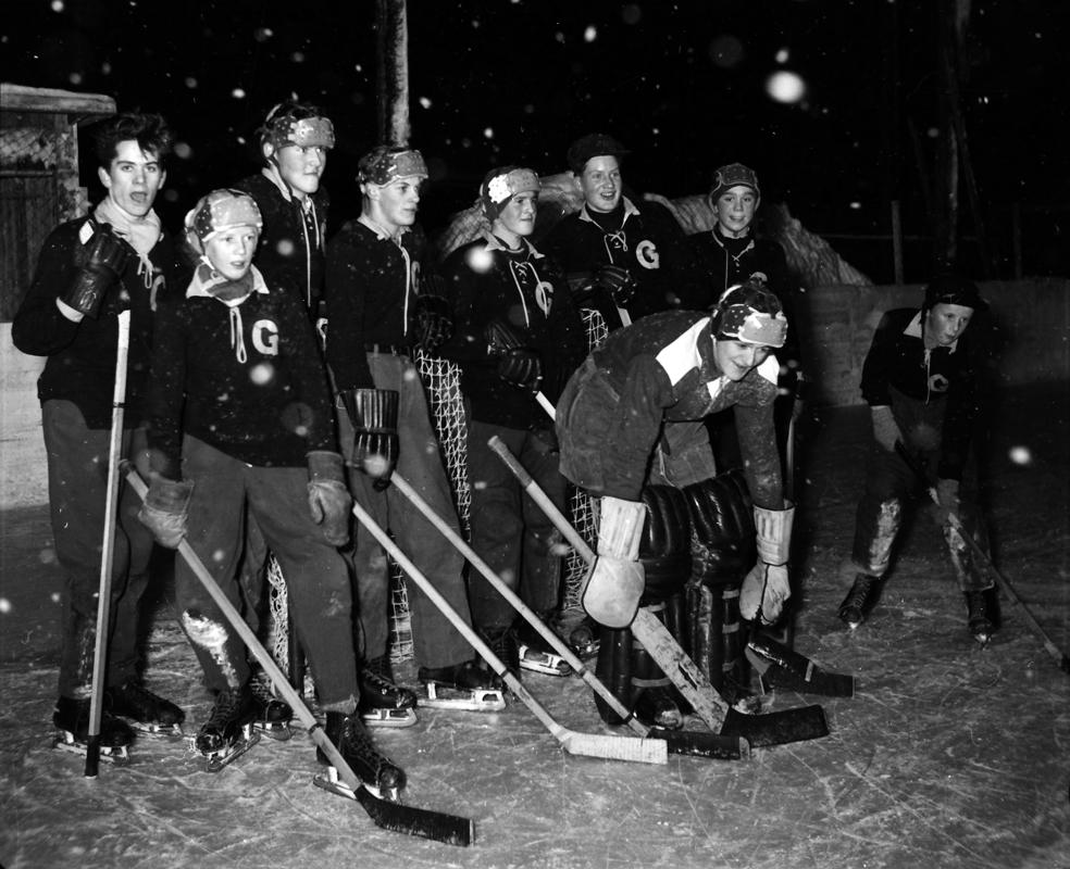GlifHockeyPojklagIMGCekompr