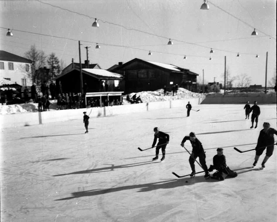 GlifHockeyplanJärnh1956ceIMG