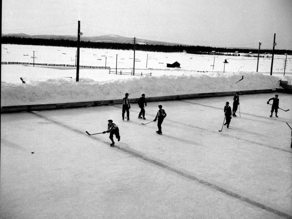 GlifHockeyrinkTräsk1947ceIMGCe